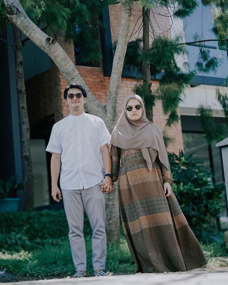 Ricky Harun dan Istri.jpg