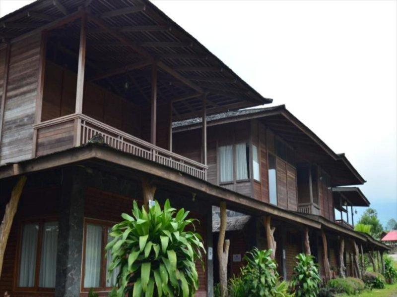 Rumah Kayu Lembang.jpg