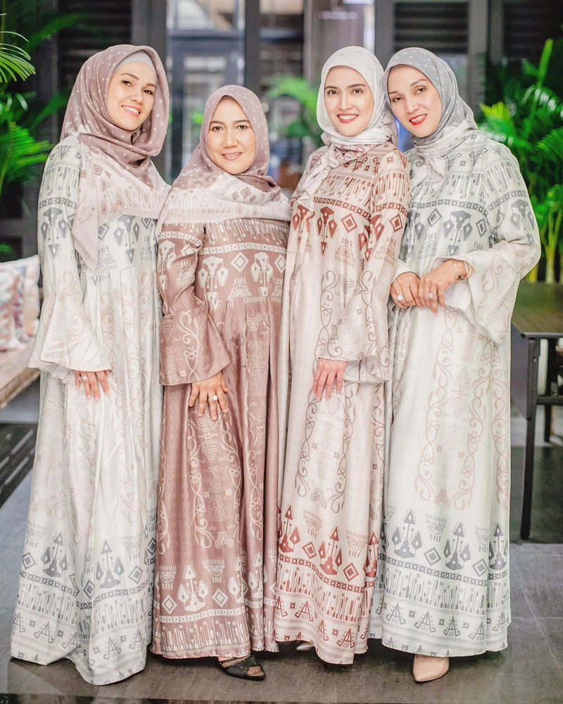 SHandy AUlia Hijab 3.jpg