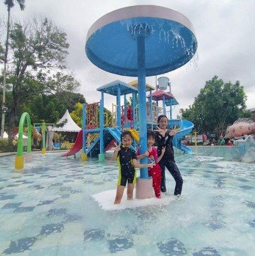 Santa Sea Water Park