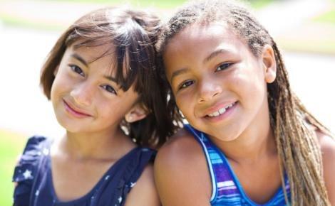 Sahabat Anak Membawa Pengaruh Buruk, Apa yang Harus Moms Lakukan 3.jpg