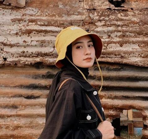 Bucket Hat Hijab.png