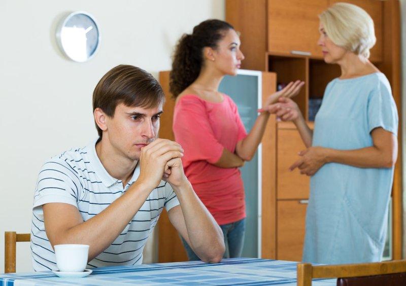 Seberapa Batasan dalam Membantu Saudara Ketika Sudah Menikah 1.jpg