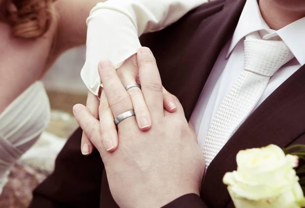 Seberapa Batasan dalam Membantu Saudara Ketika Sudah Menikah 2.jpg