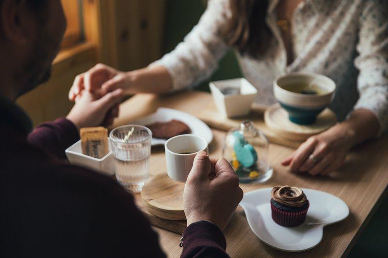 Selain Seks, Ini 7 Cara Mempererat Keintiman Pernikahan 4.jpg