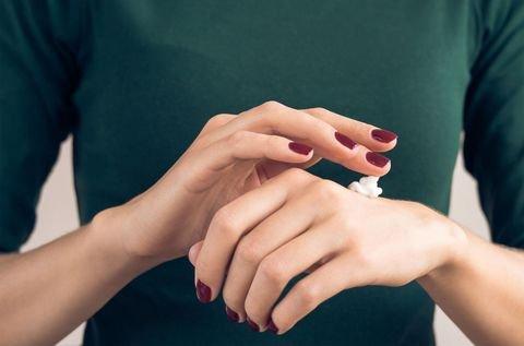 Selain kosmetik, produk perawatan tubuh juga bisa bikin sulit hamil (2).jpg