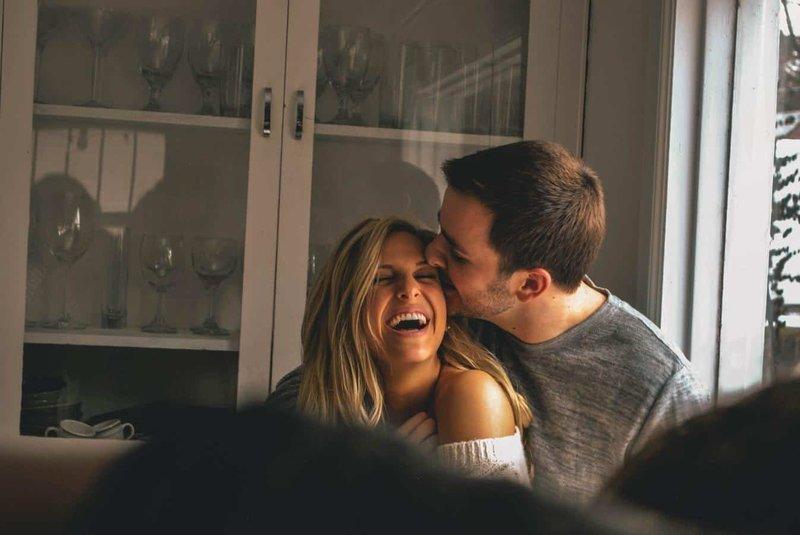 Simak 5 Trik Agar Suami Tak Bosan dengan Seks Ini 04.jpg
