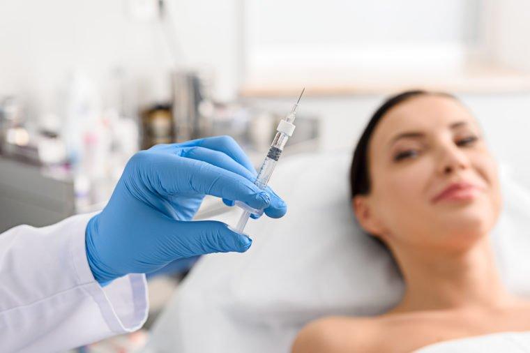 Suntik Botox Diduga Bisa Berikan Kebahagiaan - 1.jpg