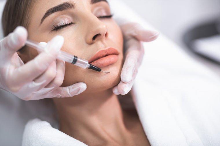 Suntik Botox Diduga Bisa Berikan Kebahagiaan - 2.jpg