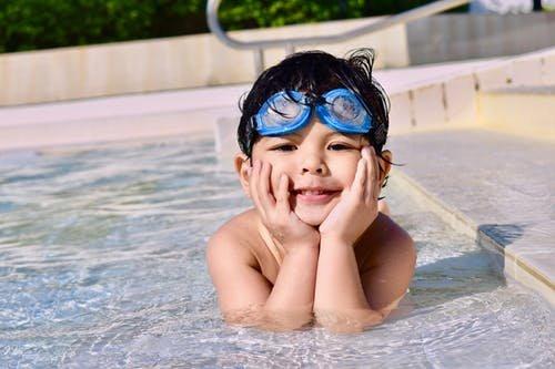 manfaat berenang untuk anak-2