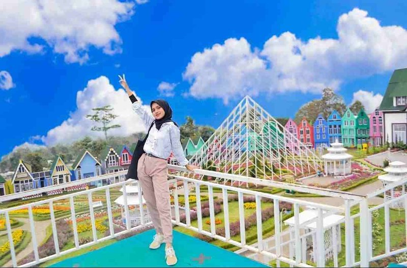 Taman-Bunga-Celosia-Bandungan.jpg