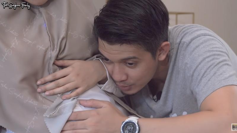 Irwansyah menangis merasakan tendangan bayi.png