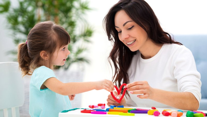 Terapi Wicara Anak, Ini 5 Tanda Buah Hati Perlu Mengikutinya! 03.jpg