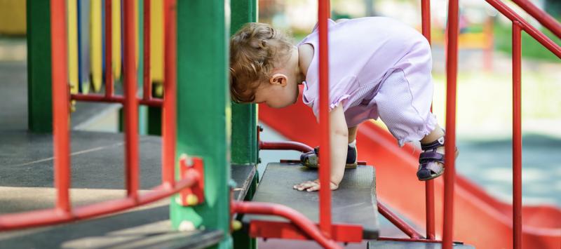 Ternyata 5 Permainan Ini Bisa Moms Lakukan Bersama Si Kecil di Playground- 2.png