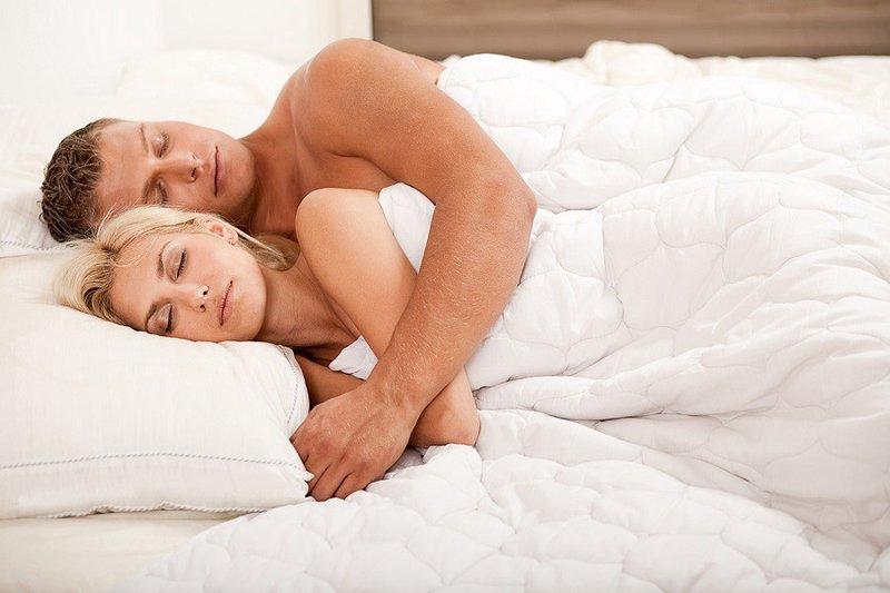 Tidur Telanjang-4.jpg