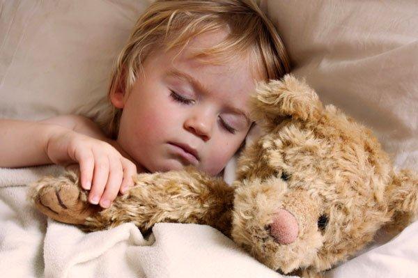 Tips menenangkan si Kecil yang mengalami mimpi buruk (1).jpeg