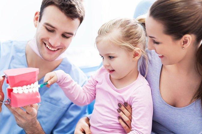 Tips mengajak si Kecil ke dokter gigi untuk pertama kali (1).jpg