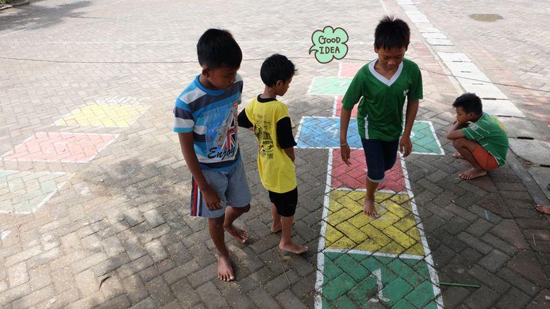 7 Permainan Anak Tradisional Seru Yuk Ajak Si Kecil Bermain