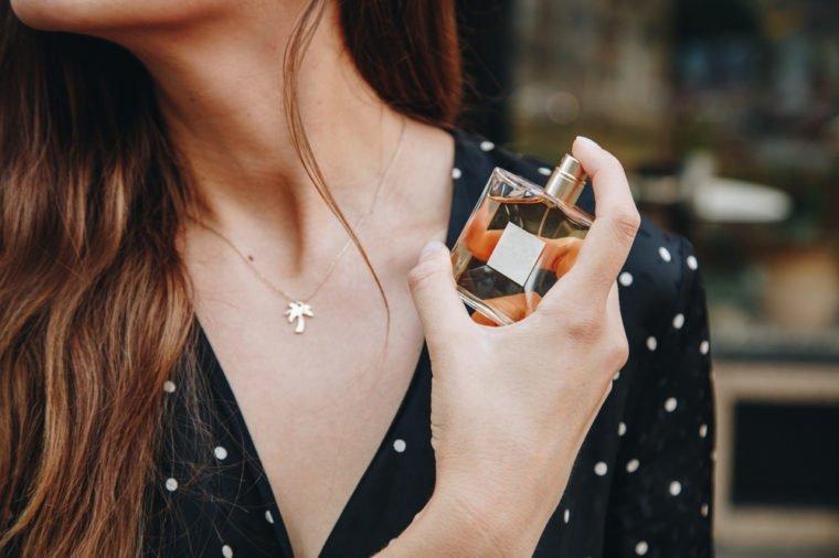 Tubuh Alergi Parfum - mengobati kepekaan pada parfum.jpg