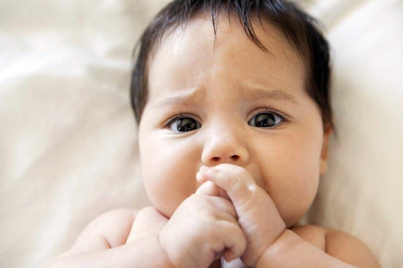 penyebab bayi bau mulut