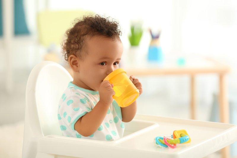mengatasi pilek bayi