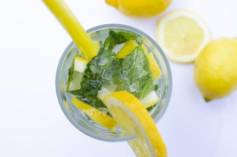Air Perasan Lemon