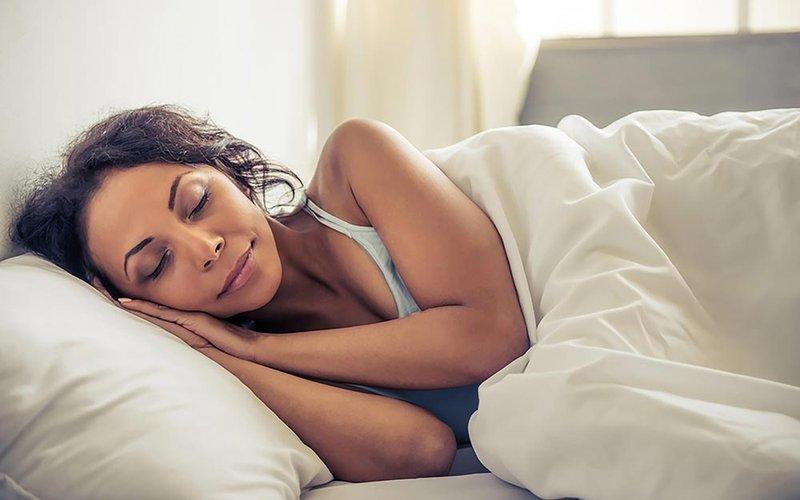 Wajib Dihindari, Ini 5 Kebiasaan Penyebab Keriput yang Tidak Moms Sadari 05.jpg
