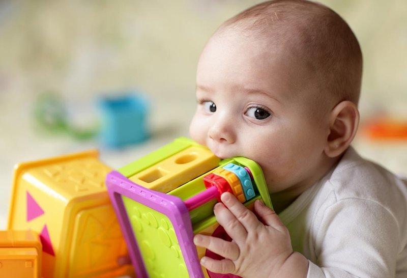 Wajib Tahu, Ini Dia 4 Hal Penyebab Bayi Diare 03.jpg