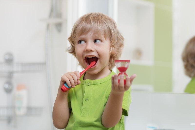 Wajib Tahu, Moms. Ini 4 Cara Meringankan Gejala Sakit Gigi pada Anak 02.jpg