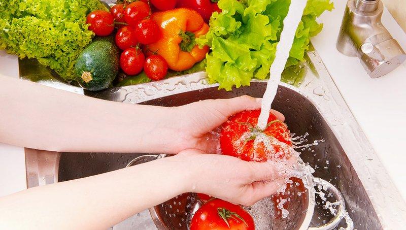 Waspadai 8 Bakteri Penyebab Keracunan Makanan Pada Balita 6.jpg