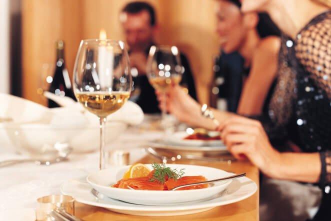 aturan makan fine dining