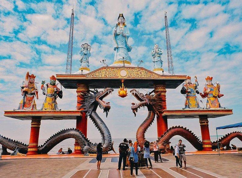 Wisata Surabaya - Kelenteng Sanggar Agung