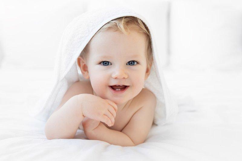 XX Manfaat Tertawa Untuk Tumbuh-kembang Bayi 2.jpg