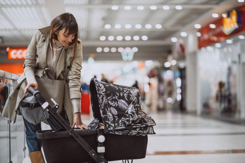 XX Tips Mengajak Bayi Jalan-jalan Ke Mall 1