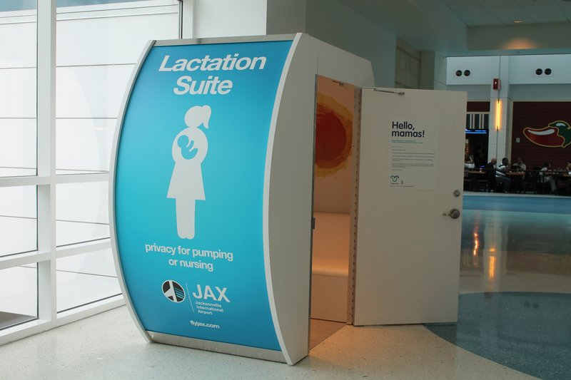 XX Tips Mengajak Bayi Jalan-jalan Ke Mall 5