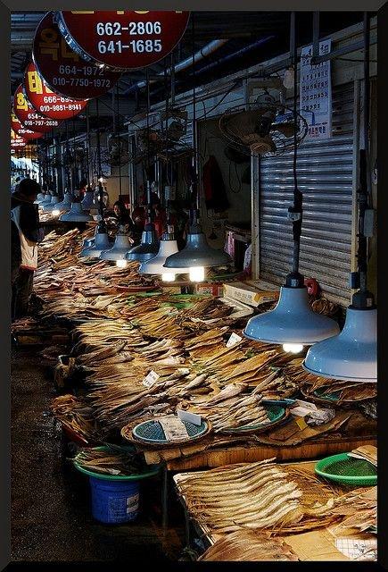 Yeosu Street Food Market.jpg
