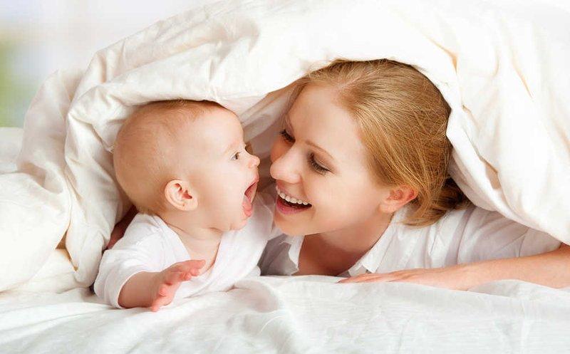 Yuk, Ketahui Perkembangan Kecerdasan Emosional Bayi Sesuai Usianya 2.jpg