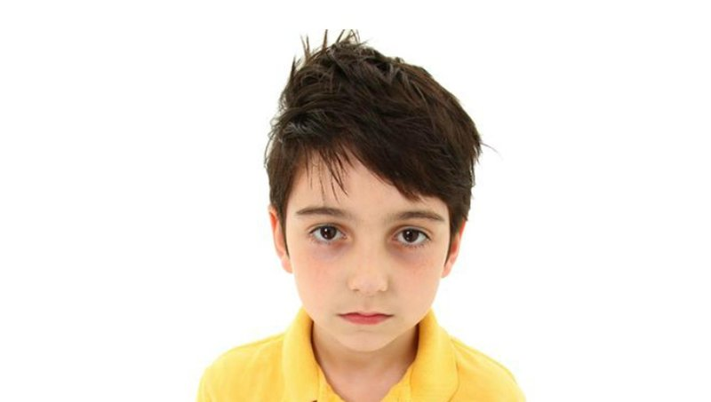 ada lingkaran hitam di bawah mata anak normalkah 1