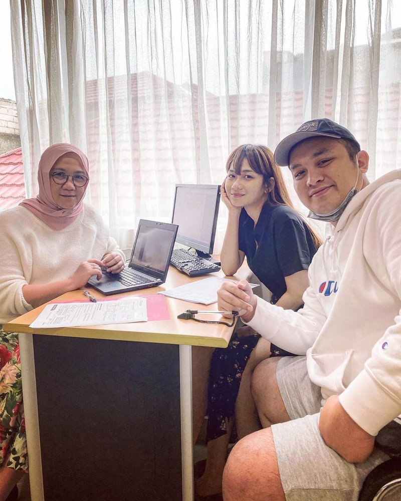 gilang dirga dan istri, gilang dan adiezty, program IVF