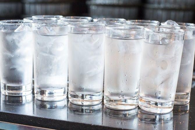 Air Es untuk Kompres Anak Saat Sakit Gigi