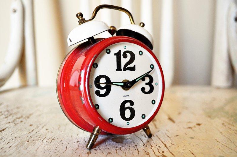 alarm alarm clock analog 280254