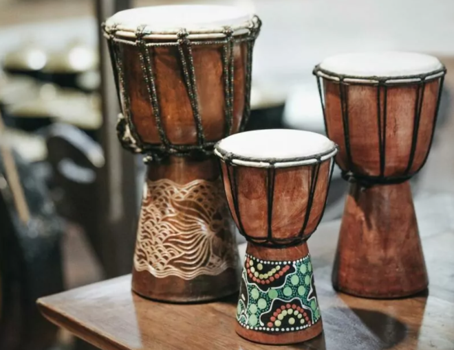 alat musik tifa asal indonesia timur
