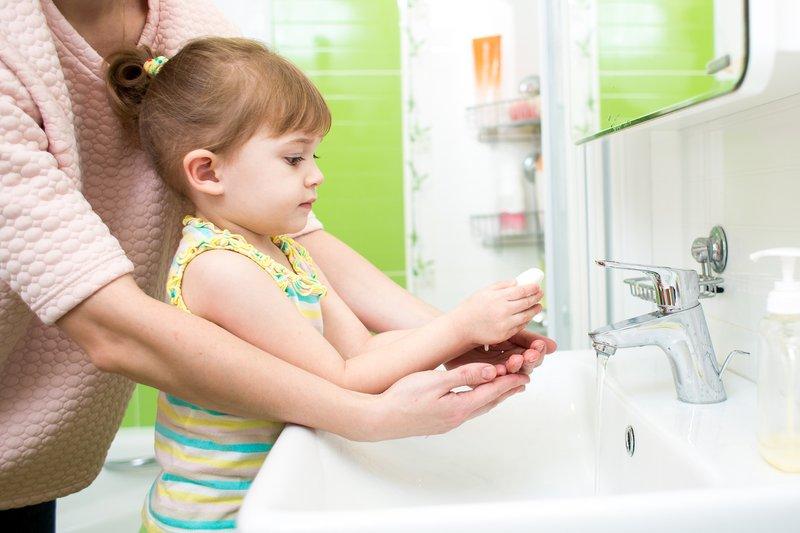 anak cuci tangan-1.jpg
