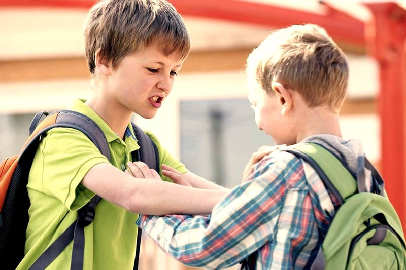 anak melakukan tindakan kekerasan-1.jpg