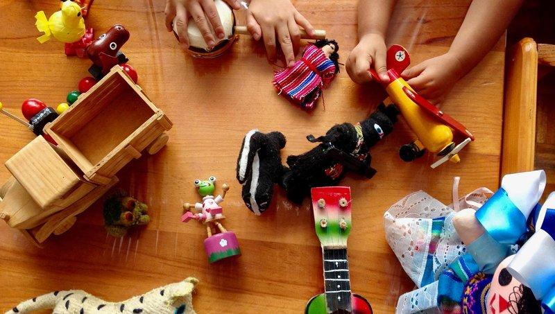 anak suka menimbun barang, normal atau tidak 2