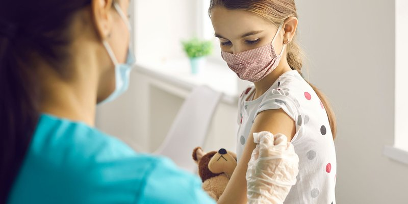 vaksin covid-19 anak usia 3-11 tahun belum diperbolehkan.jpg