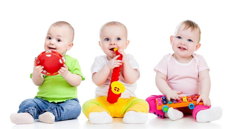 apa ya, manfaat balita belajar bermain alat musik sejak dini 3