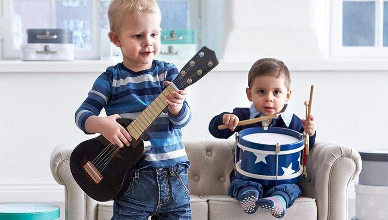 apa ya, manfaat balita belajar bermain alat musik sejak dini 5