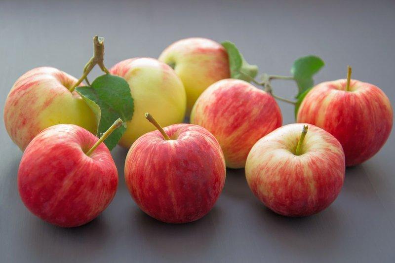 apples_2811968_1920.0.jpg