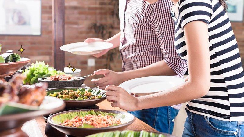 tempat makan jadi klaster dengan risiko penyebaran covid-19 tertinggi, ini penjelasannya
